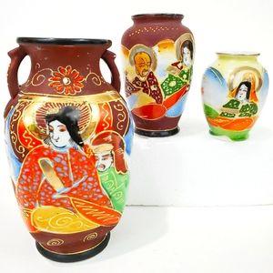 3 pcs Vintage Satsuma Moriage Japanese Mini Vases